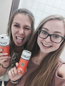 #mychilloselfie_027_Denise&Katharina.jpeg